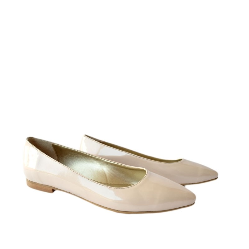 Pantofi dama ascutiti piele lac nude