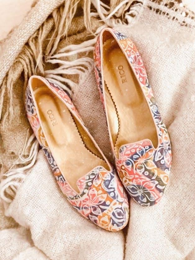 Balerini dama flori multicolor din piele naturala